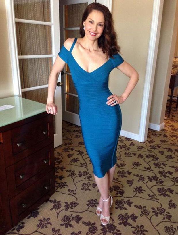 Sexy Ashley Judd Photos